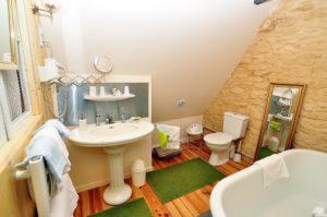 jolie salle de bain du gite de la muzardière